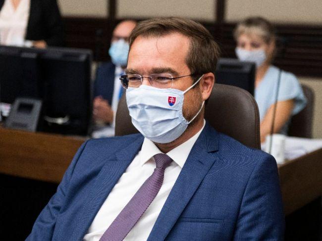 Podľa Druckera by mal minister zdravotníctva Marek Krajčí zvážiť rezignáciu