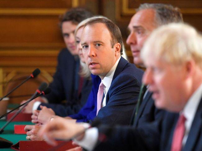 Vláda oznámila nové opatrenia vo viacerých oblastiach Anglicka