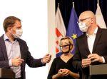 OĽANO a SaS po pol roku vlády tvrdia, že sa im darí posúvať Slovensko k lepšiemu