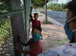 Držiteľ Nobelovej ceny za mier: Pandémia ohrozuje deti, môžu upadnúť do otroctva
