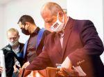 Proces s predsedom ĽSNS Marianom Kotlebom samosudkyňa ŠTS odročila na október