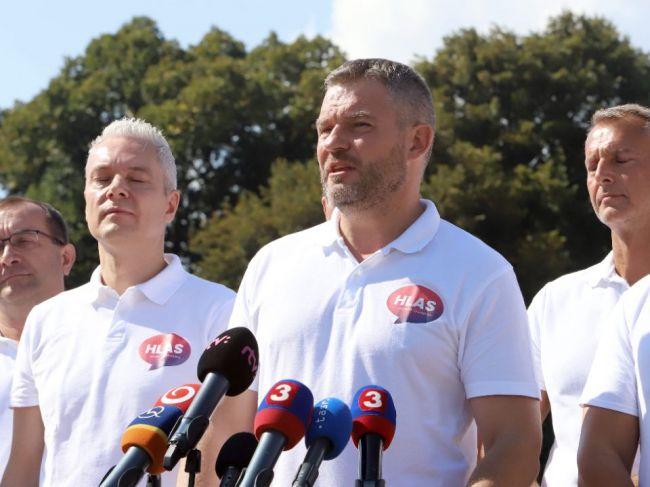 Opozičnej strane Hlas-SD ukončenie pôsobenia advokáta Miškoviča na MF nestačí