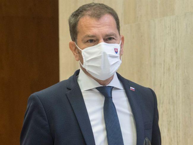 Premiér navrhol nové opatrenia na zamedzenie šíreniu nového koronavírusu