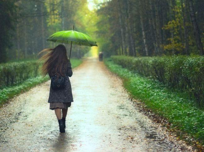 Teplotný nadpriemer vystrieda výrazné ochladenie, počítať treba aj s dažďom