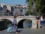 Rakúsko varuje občanov pred cestami do Prahy a Paríža
