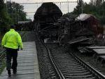 V malackom okrese sa vykoľajil vlak, železničná doprava je v oboch smeroch odstavená