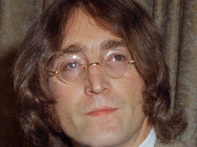 Hudobný svet si pripomína nedožitých 80 rokov Johna Lennona