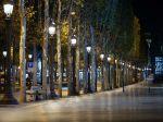 V deviatich francúzskych mestách začal platiť nočný zákaz vychádzania