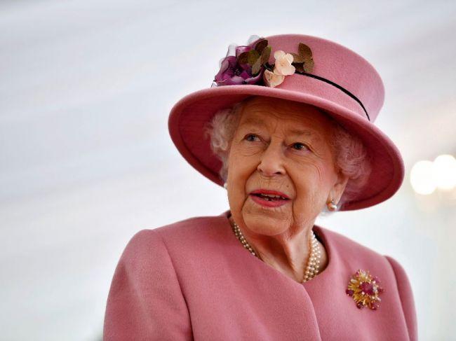 Alžbeta II. znížila trest odsúdenému vrahovi za jeho chrabrosť na London Bridge