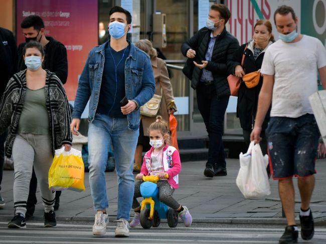 Rumunsko i Bulharsko hlásia rekordné prírastky prípadov nákazy koronavírusom