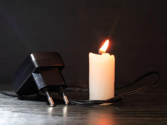 4 veci, ktoré by ste mali urobiť ešte predtým, ako vám vypnú elektrinu