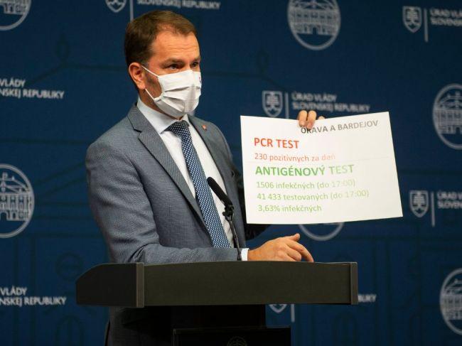 Premiér uviedol čísla z 1. dňa testovania, antigénové testy odhaľujú len infekčných