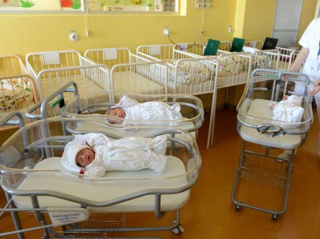 Rodička odmietala rúško aj test na COVID-19, UNLP Košice avizuje právne kroky