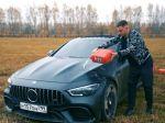 Video: YouTuber si kvôli konfliktu v servise podpálil vlastný Mercedes