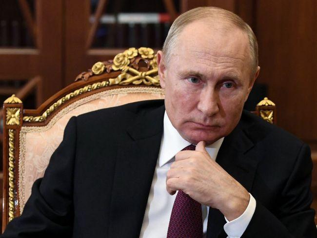 Putin: Pandémia priniesla problémy, aké tu neboli od Veľkej hospodárskej krízy
