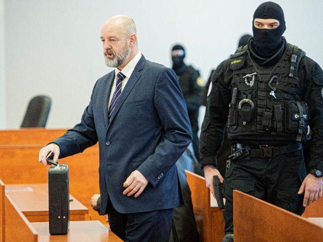 V piatok pokračuje proces s exriadteľom TV Markíza Pavlom Ruskom a spol.