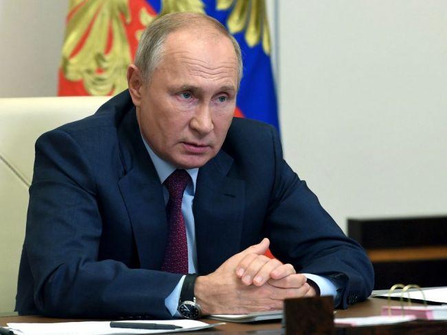 Putin je pripravený spolupracovať s akýmkoľvek potvrdeným prezidentom USA