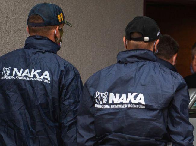 NAKA zadržala päť osôb vrátane bývalého šéfa kontrarozviedky SIS