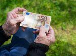 Veteráni protikomunistického odboja dostanú príplatok k dôchodku