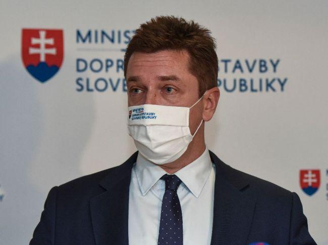 Doležal: Dokumentácia na panelovú cestu pri Trenčíne sa momentálne kontroluje