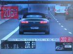 Za 206-kilometrovú rýchlosť na diaľnici dostal vodič 800-eurovú pokutu