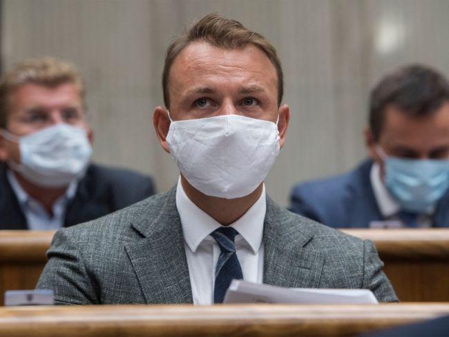 Šutaj Eštok trvá na výhradách voči verejnej voľbe kandidáta na šéfa GP