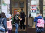 Gröhling poslal členom ústredného krízového štábu plán na návrat žiakov do škôl