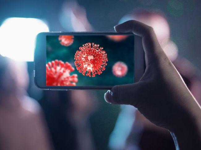 Kamera v mobilnom telefóne môže zachytiť koronavírus
