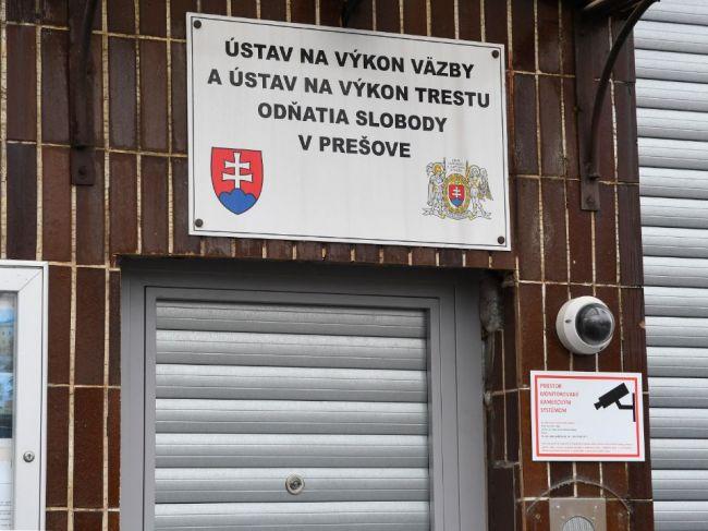 Previerka v prešovskej väznici nebude, člen komisie mal pozitívny test