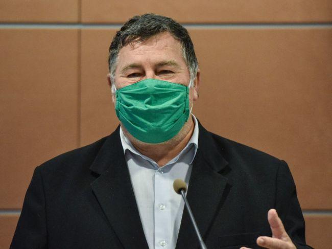 Krčméry: Viem si predstaviť, že by boli seniori zaočkovaní do Veľkej noci