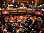 Taliansky Senát vyslovil dôveru vláde premiéra Giuseppeho Conteho