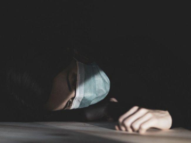 Prirodzený hormón ovplyvňujúci spánok, dokáže bojovať s COVID-19