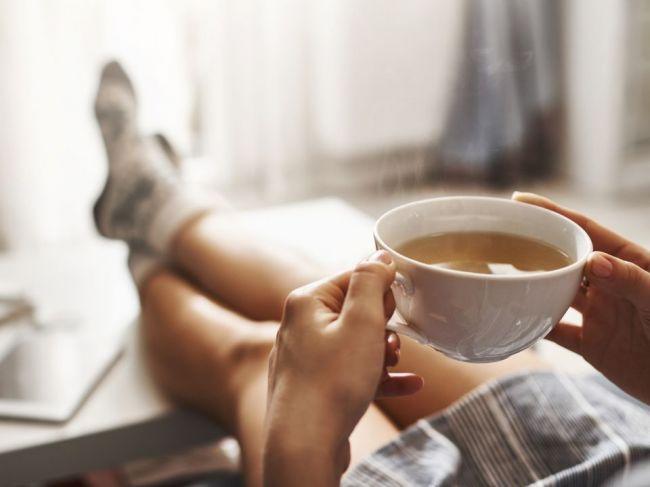 Pijete kávu na lačný žalúdok? Týchto 7 hrozieb vás od toho odradí