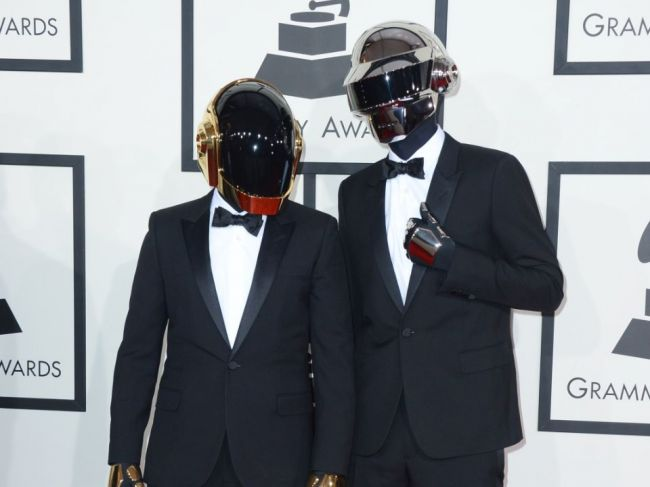 Francúzske elektro-popové duo Daft Punk sa rozpadlo