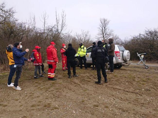 Foto: Spustilo sa rozsiahle pátranie, Tomáša už hľadá aj poriečna polícia