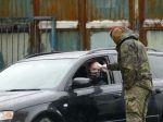 Vyťaženej nemocnici v Žiari pomáha desiatka kňazov i armáda