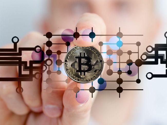 Bitcoin opäť prelamuje rekordy, už sa dostal nad 60.000 USD