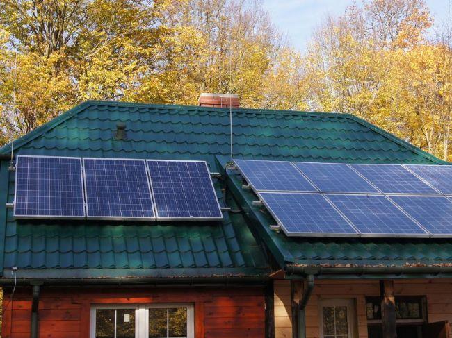 SIEA už prijíma žiadosti o podporu iba na slnečné kolektory a kotly na biomasu