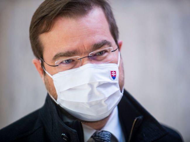 Krajčí vydal povolenie k vakcíne, ktorá nie je na Slovensku