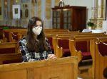 Účasť na bohoslužbách bude možná aj bez negatívneho testu