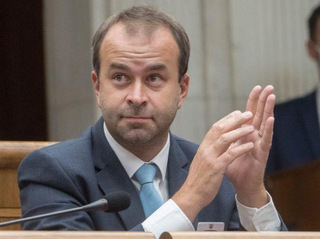 Podpredsedom Tarabovej strany sa stal bývalý predstaviteľ Smeru-SD Ján Podmanický