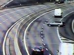 Video: Vodič sa cez R1 ponáhľal na očkovanie, len zázrakom nespôsobil nehodu