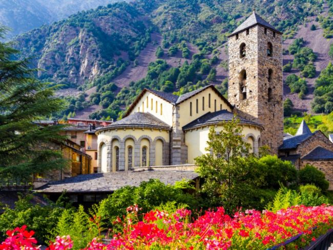 Klenot Európy ukrytý v Pyrenejach: 6 zaujímavostí o Andorre, o ktorých ste netušili