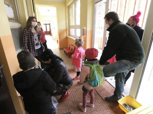 Počas mája sa konajú zápisy detí do materských škôl