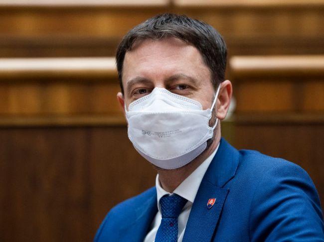 Hegerova vláda získala dôveru, podporilo ju 89 poslancov