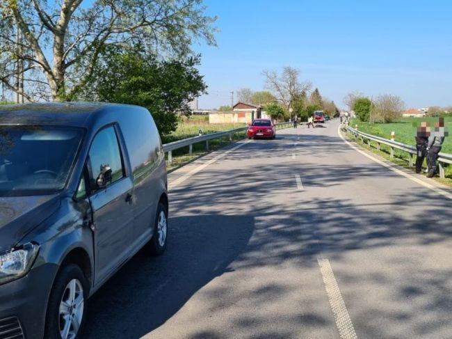 Motorkár po zrážke s autom podľahol zraneniam