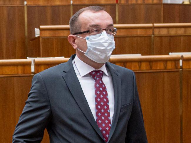 Hlas-SD: Vládna koalícia ide narýchlo podraziť nohy slovenským potravinárom