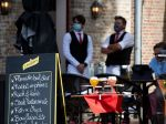 Belgicko znovu povolí konzumáciu vo vnútri reštaurácií a kaviarní a otvorí kiná