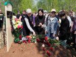 V Tatársku sa konali pohreby obetí streľby, vo vážnom stave je päť detí