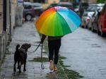 V časti Slovenska naďalej platí výstraha pred dažďom